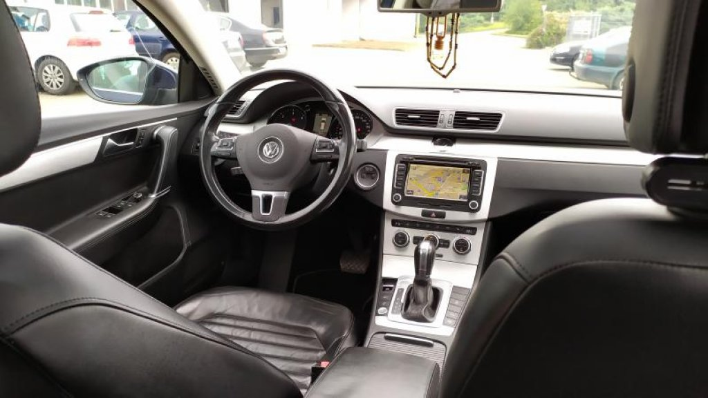 VW VW PASSAT VAR. Highline 6DSG